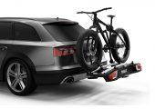 Większa szerokość między uchwytami kół (25 cm) ułatwiająca montaż masywniejszych rowerów
