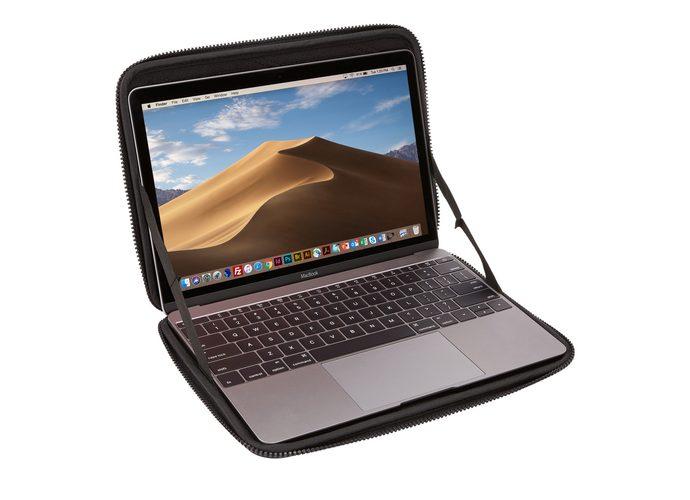 """Thule Gauntlet MacBook® Sleeve 12"""""""