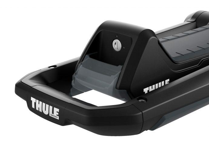 Thule Hull-A-Port Aero