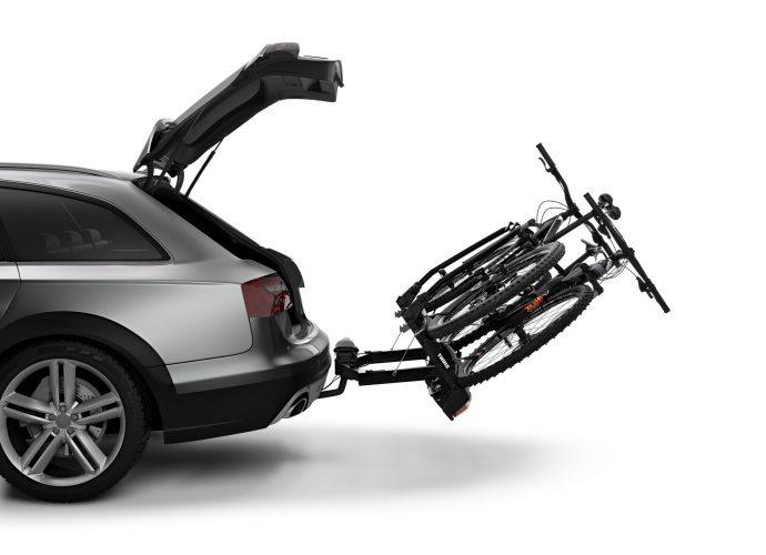Łatwy dostęp do bagażnika nawet z zamontowanymi rowerami dzięki pomysłowemu nachyleniu stopki