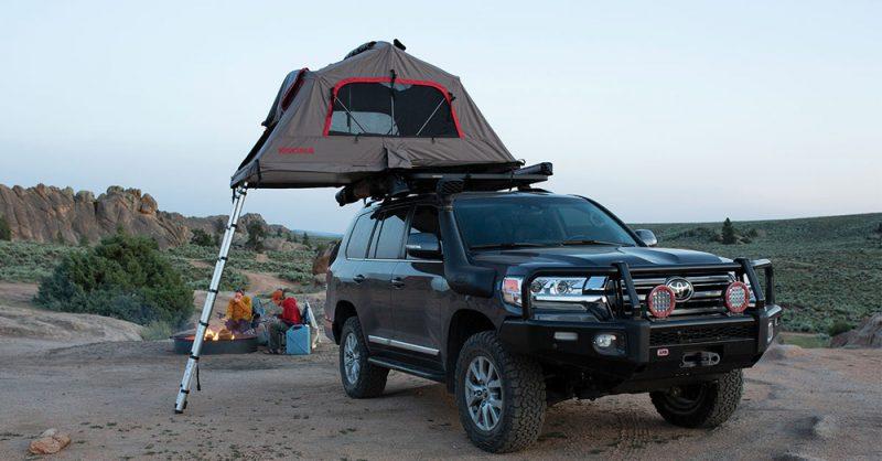 Namiot dachowy Yakima SkyRise – wyższy poziom campingu!